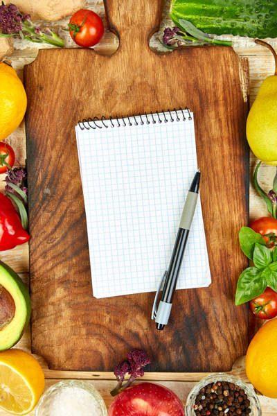 shopping-list-recipe-book-diet-plan-diet-or-vegan-8TAPZMJ-1.jpg